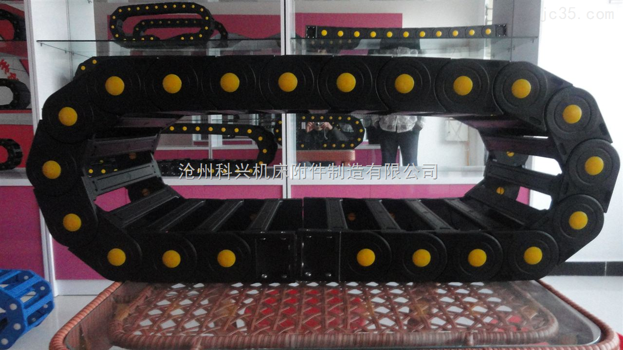 供应渭南塑料拖链,榆林工程拖链,工程拖链厂