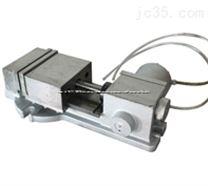涡轮增压QT160-1气动平口钳