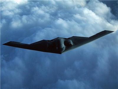 B-2幽灵 一款恐怖神秘的轰炸机
