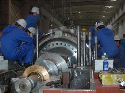 想看看发电厂的汽轮机是什么样吗?