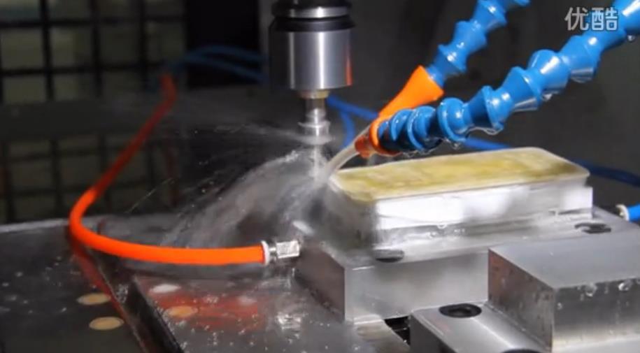 海普瑞森蓝宝石手机面板、氧化锆陶瓷盖板加工过程